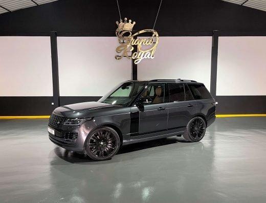 rent a Range Rover Vogue Autobiography v8 - 2021 in Dubai